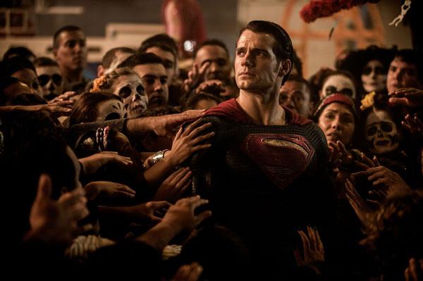หนังฮอดลิวูด Batman v Superman: Dawn of Justice : แบทแมน ปะทะ ซูเปอร์แมน แสงอรุณแห่งยุติธรรม