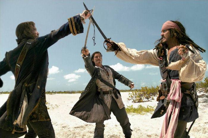 หนังฮอดลิวูด Pirates of the Caribbean: Dead Man's Chest สงครามปีศาจโจรสลัดสยองโลก (2006)